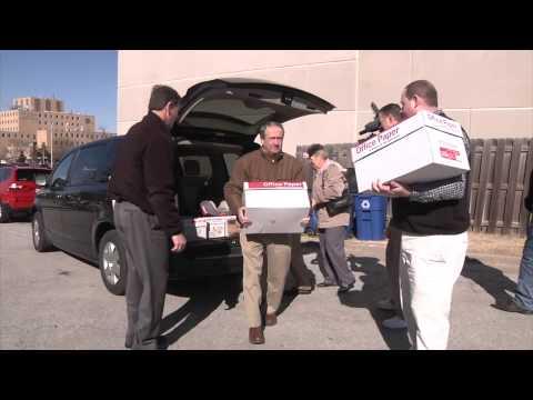 Farm Bureau Delivers Food to Ronald McDonald House
