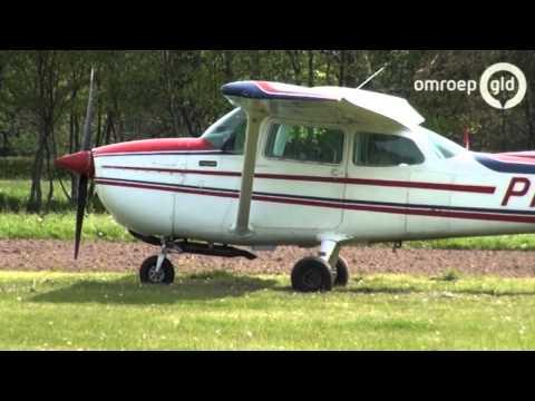 Cessna maakt noodlanding in Hulshorst tijdens dodenherdenking