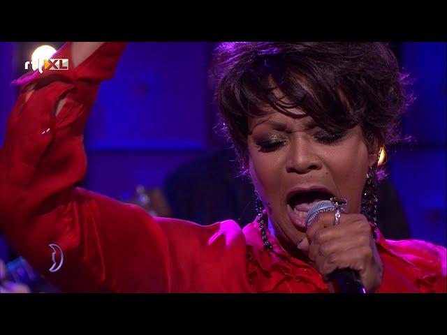 Ruth Jacott - Verliefd Verward (live at RTL Late Night)