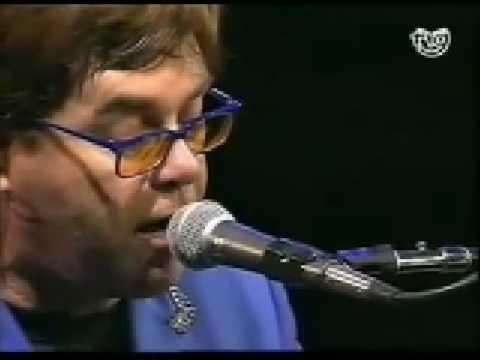Elton John - Circle of life (Live in Pontevedra Solo Piano 1999).mp4