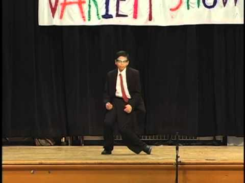 Vivek H. Sivan performing Badtameez Dil at Shorewood Hills Elementary School, Madison, WI, USA