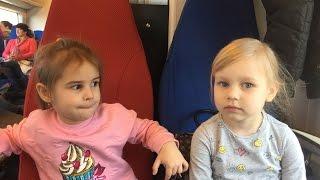 ВЛОГ Едем в Сочи с Мими Лисса и Мили Ванили / Рум тур гостиница Богатырь / Алина играет  VLOG
