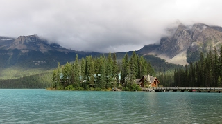 Emerald Lake Lodge (Canadian Rockies): review (could be much better)