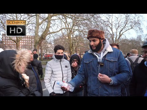 Glass houses! Muhammad Hijab & Visitor | Speakers Corner | Hyde Park