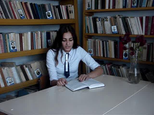 Изображение предпросмотра прочтения – ЕвгенияДьяченко читает произведение «Мы ещё повоюем!» И.С.Тургенева