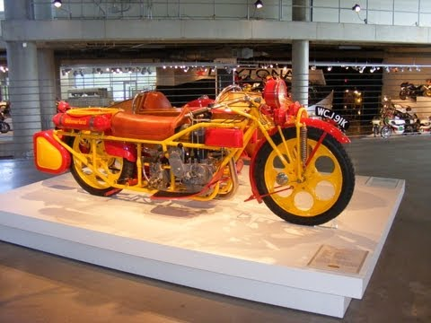 The Barber Vintage Motorsports Museum slideshow - thesuperdeeshow
