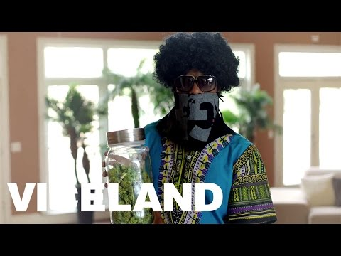 Inside a Black Market Grow House in Atlanta: WEEDIQUETTE (Clip)