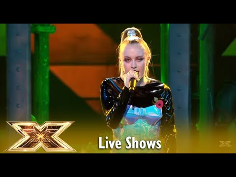 """16 Year Old Molly Scott Sings Britney Spears´s """"Toxic"""" 