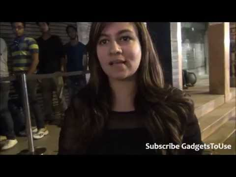 2014 iPhone 6 First Indian Buyer in Delhi and Reason Why She Bought iPhone 6