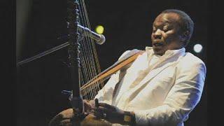 Hommage Au Musicien Et Chanteur Guinéen Mory Kanté, Mort à L'age De 70 Ans