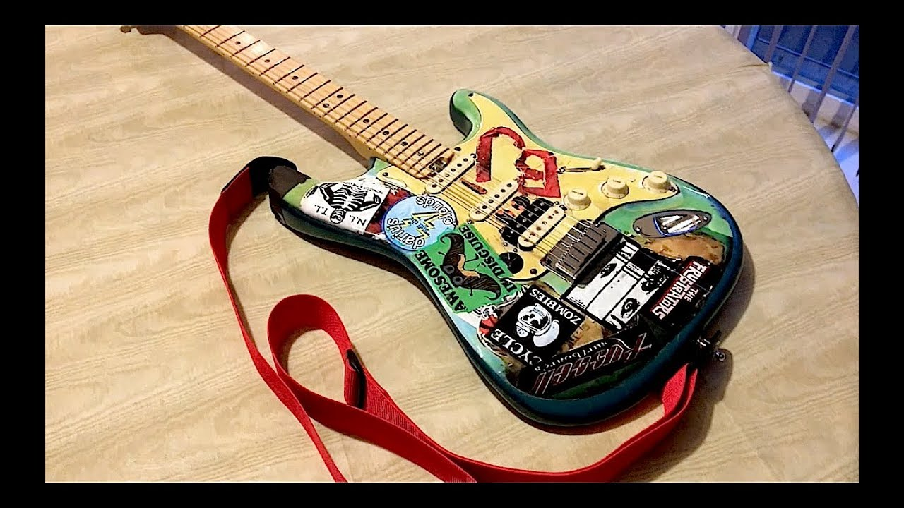 Fender Strat With Full Body Decal Of Billie Joe Armstrongs Blue