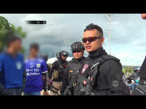 Pencopet Di Tengah Pertandingan Sepakbola Hampir Membawa Pulang Uang Jutaan Rupiah - 86