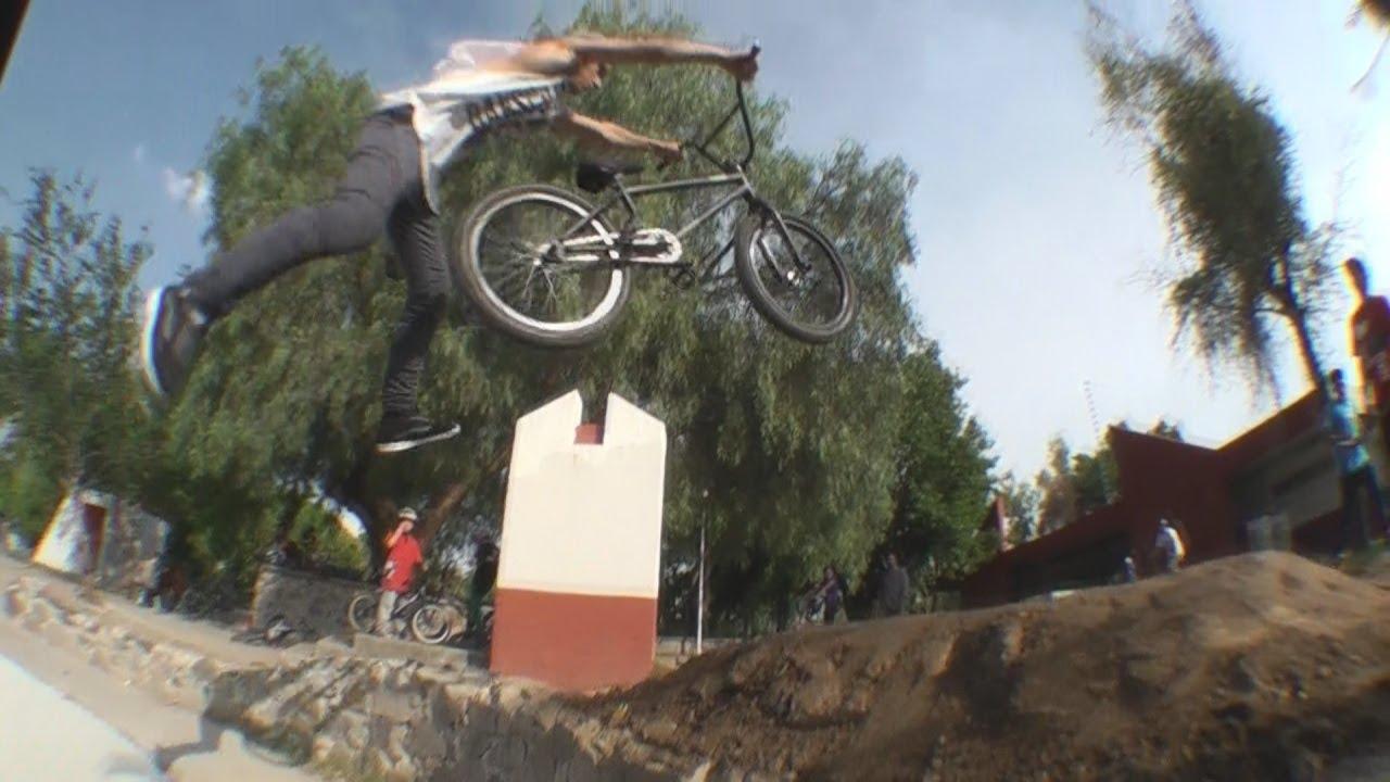 Mini Dirt Jump @VillasSkatepark - BOOM RIDERS