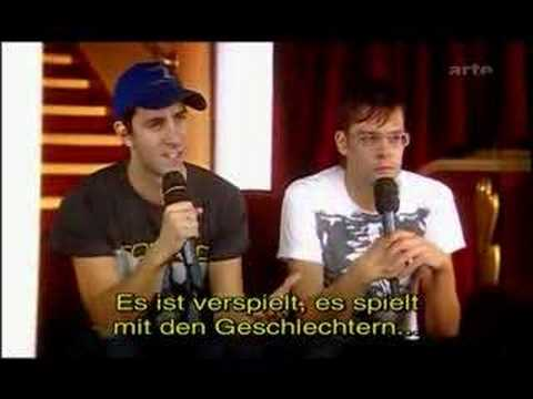 Maximo Park - Interview (From concert  au Grand Rex)
