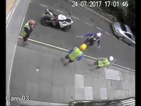 Bike thieves vs Builders!