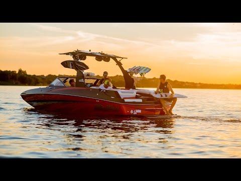 Waterski America + Malibu M235