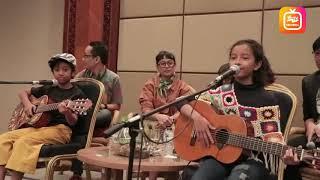 Widia Mulia Menyanyikan Ost Lagu Keluarga Cemara