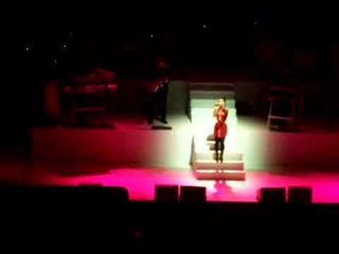 "Nelly Furtado Live In Chicago ""Wait For You"""