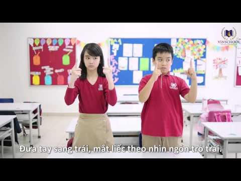 Cha mẹ giúp con chống cận thị học đường