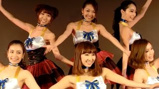 【東京オートサロン 2015】グッドイヤーでコンパニオンのダンスショー
