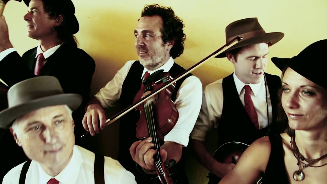The Teahouse Music Group EPK