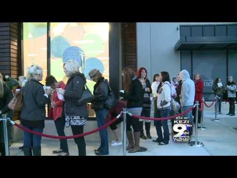 Nordstrom Rack Opens Doors For Expansion