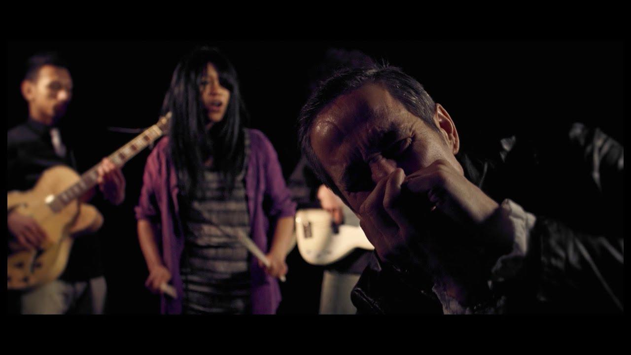 Reckless Jones - Drama Queen (Official Music Video)