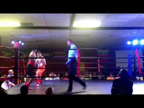 Edwin reyes 1st pro fight 6-22-13