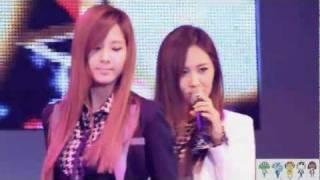 111122 Valkyrie Concert SNSD Genie Seohyun - Stafaband