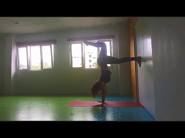 Handstand con NataZen 🌴🌴
