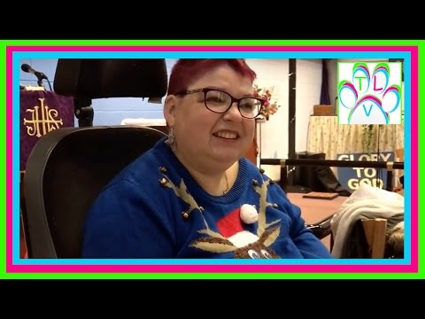 techlanie-vlogs-175-our-big-local-christmas-lunch