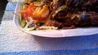 Testissä: Hallilan Pizzerian Iskender Kebab