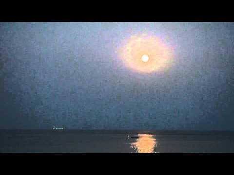 Luna Blu - Blue Moon - Moonrise over the Sea, Sicily TimeLapse full HD