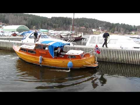 Sjøsetting av trebåt