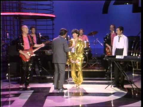 Dick Clark interviews Sparks - American Bandstand 1982