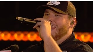 Luke Combs Performs Unreleased New Song
