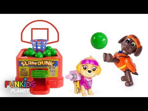 Paw Patrol Skye, Chase and Zuma Play Magical Gumball Basketball