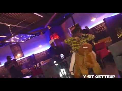 """Y Sit GetteUp Wears """"Half Man Half Horse"""" Centaur Costume On Stage"""