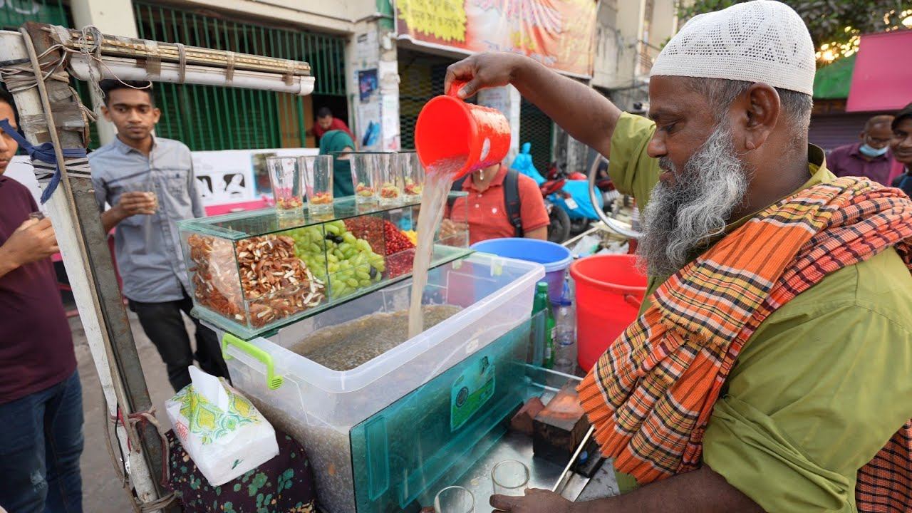 Amazing Refreshing Summer Drinks | Mix Fruits Juice | Bangladesh Street Food
