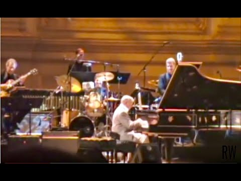 Roger Williams at CARNEGIE HALL -  AUTUMN LEAVES, BUMBLEBEE, WHIRLAWAY - Full Performance