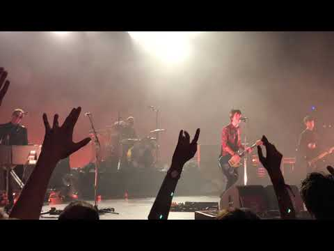Johnny Marr - There Is A Light That Never Goes Out (live in Lisbon, Portugal 23/11/2018)