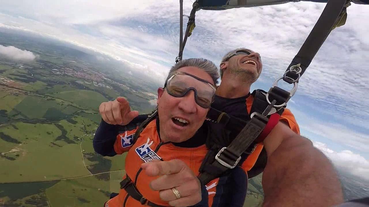 Salto de Paraquedas do Adriano na Queda Livre Paraquedismo 06 01 2017