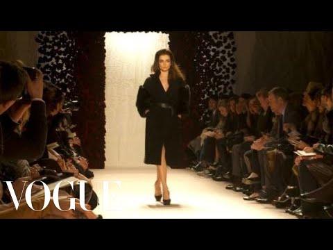 Fashion Show - Nina Ricci: Fall 2010 Ready-to-Wear