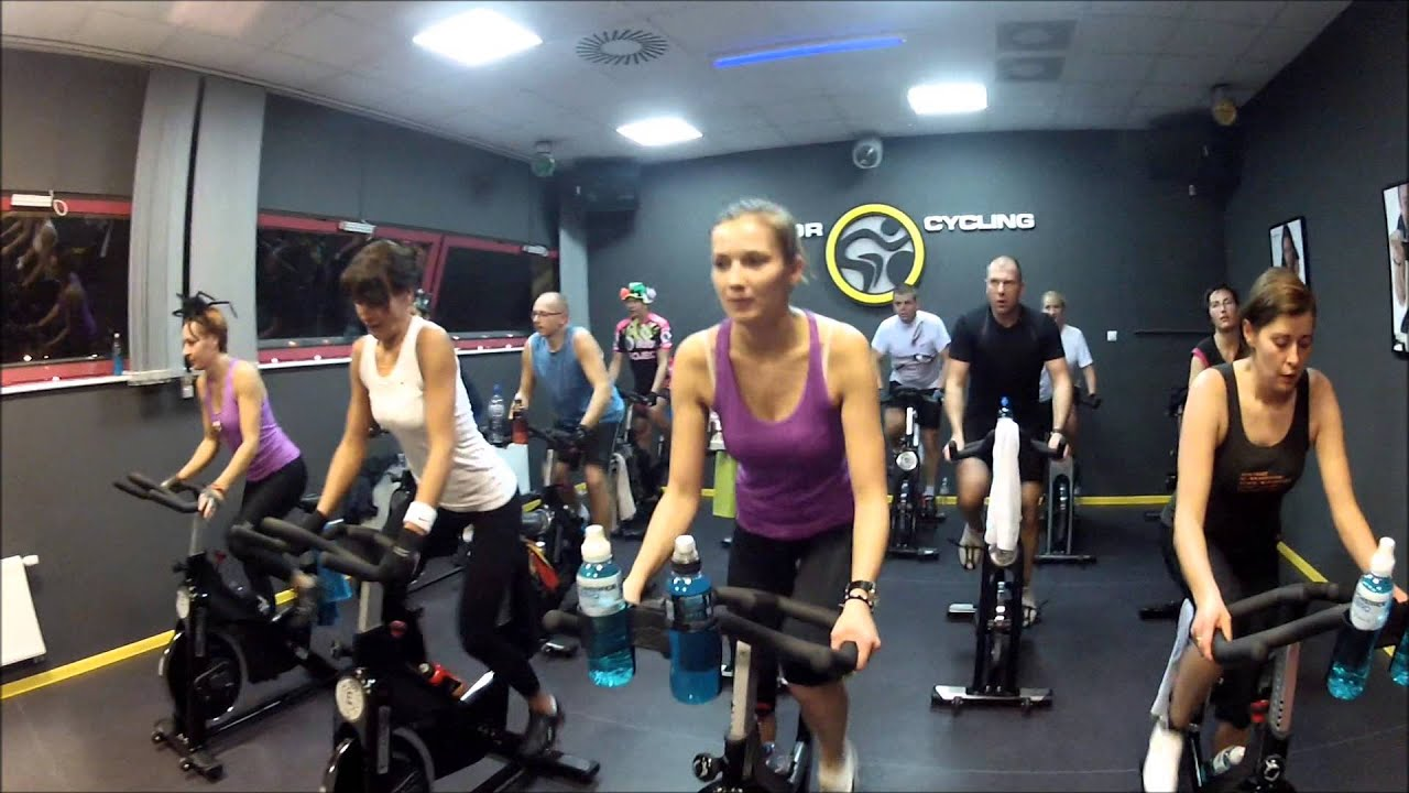 indoor cycling maraton halloween spinning fitness klub youtube. Black Bedroom Furniture Sets. Home Design Ideas