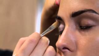 Tutorial Make-up de ojos usando Kajal de Kryolan Thumbnail