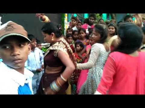 Desi sadi dance birdpur (tilakpur) UPLOAD BY DILEEP RAO