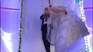 بالفيديو| عريس ينفذ شيئا خارقا للطبيعة مع عروسه في ليلة الدخلة