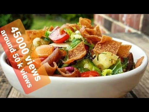 how to make fattoush salad ( traditional Lebanese salad )