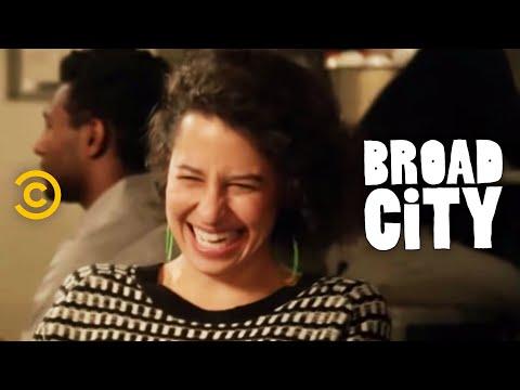 Broad City - Abbi and Ilana's Divergent Days