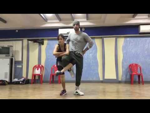 Katrina Kaif practicing on dil ullu ka pattha hai jagga jasoos &25hf4hs